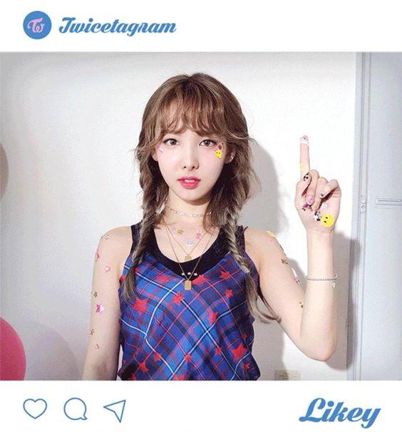 Nhiều fan tin rằng đây là màu tóc hợp với Nayeon (TWICE) nhất – Tin Tức Nhanh Kpop – Trang Kpop Uy Tín Nhất Việt Nam