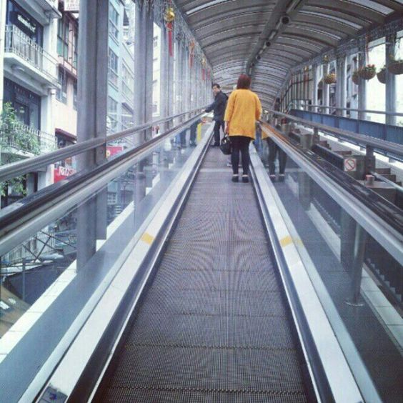 Riding the world's longest escalator system in #HongKong, #China. Image by @lunarsynthesis. #lonelyplanet #travel