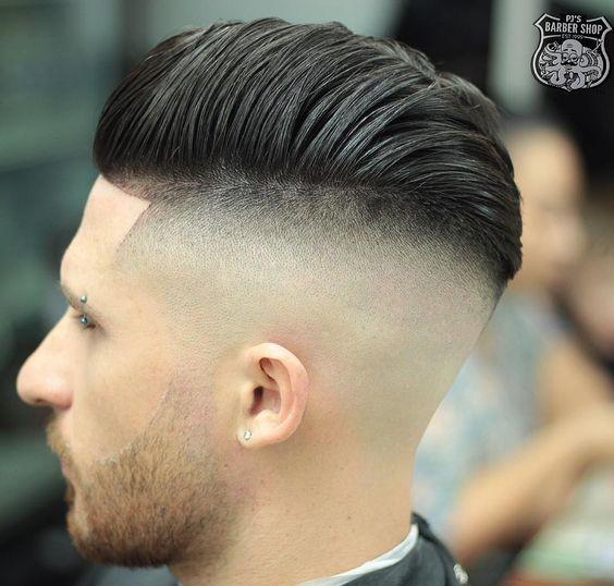 Corte de cabello con 2 rayas
