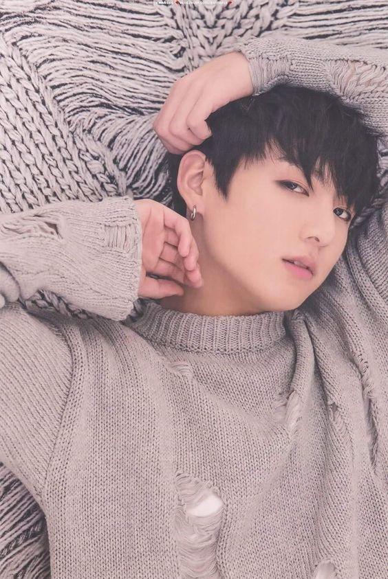 果|BTS防彈少年團,SM娛樂話題的問題『請問有誰有BTS柾國或泰亨的相片越多越好』的圖片回答。