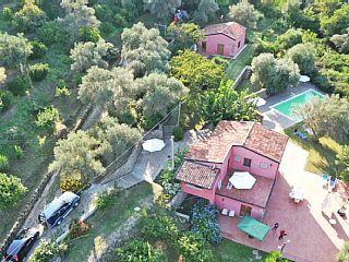 Maison+de+campagne+avec+piscine+au+cœur+de+la+meilleure+production+d'agrumes+++Location de vacances à partir de Rocca di Capri Leone @homeaway! #vacation #rental #travel #homeaway