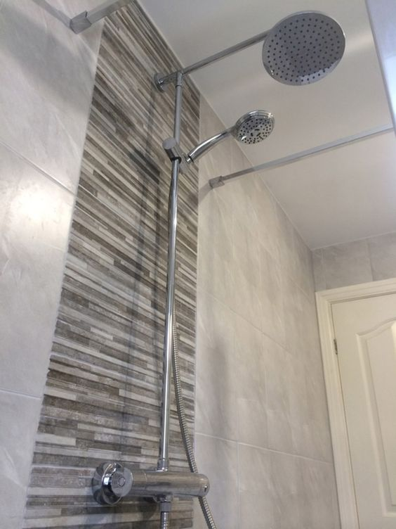 Shower stalls with tile feature wall feature tiles can for Feature wall tile ideas