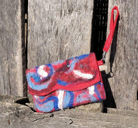 Fireworks Wristlet Clutch by theArtsyClutch on Etsy.  $25