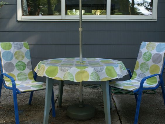 Designing outdoor table and chairs