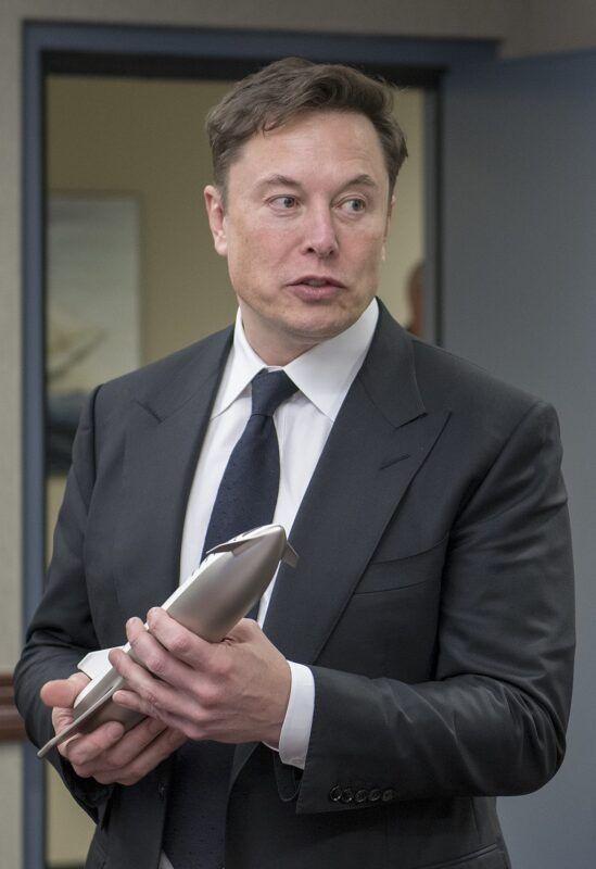 How Wealthy Is Elon Musk In 2020 In 2020 Elon Musk Elon Musk Quotes Elon