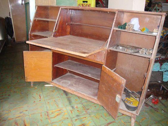 movel antigo, estante papeleira para restauro, madeira boa.