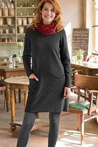 Kleid mit eingestrickten Taschen! Wollkleider sind praktisch, schön, natürlich warm. Und besonders beliebt aus kuschelweicher Babymerino-Wolle in Super-Geelong Qualität.