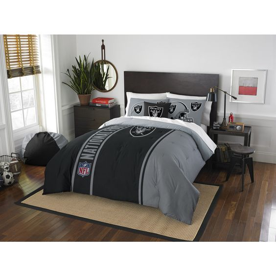 The Northwest Company Official NFL 836 Raiders Applique Comforter and 2 Shams Set