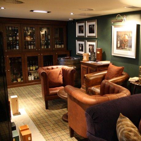Great whisky cabinet idea whiskykamer pinterest for Room interior design edinburgh