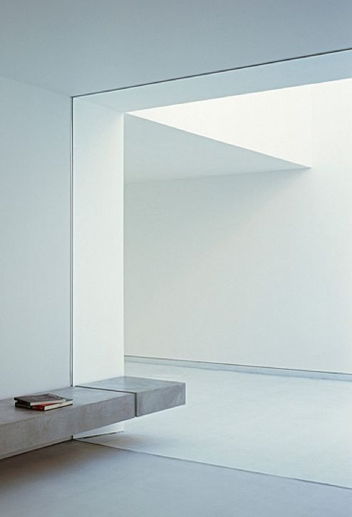 Pure lines and natural light, the White Cave House by Takuro Yamamoto Architects _
