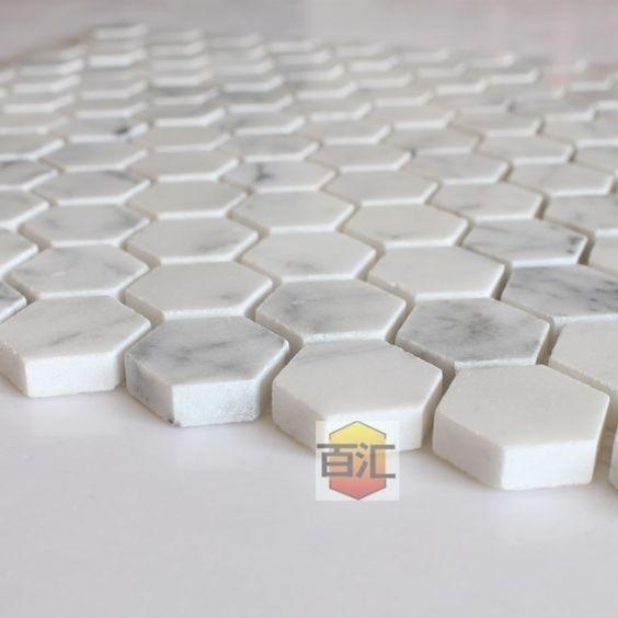 Carreaux de marbre blanc de carrare mosa que hexagonale for Architecture hexagonale