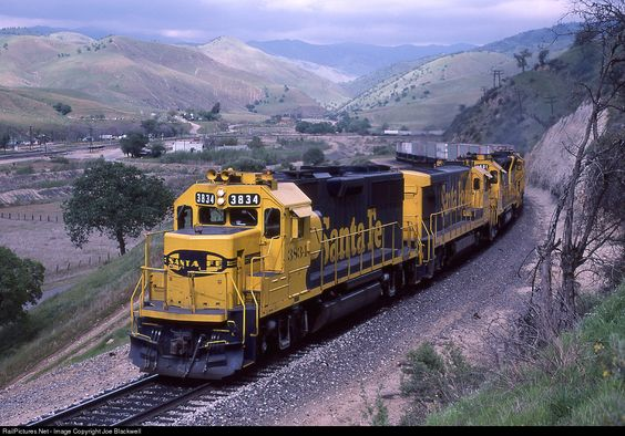 ATSF 3834 Atchison, Topeka & Santa Fe (ATSF) EMD GP50 at Caliente, California by Joe Blackwell