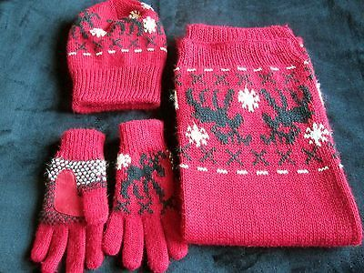 #Ladies, red #scarf, hat and #gloves,  View more on the LINK: 	http://www.zeppy.io/product/gb/2/121900341252/
