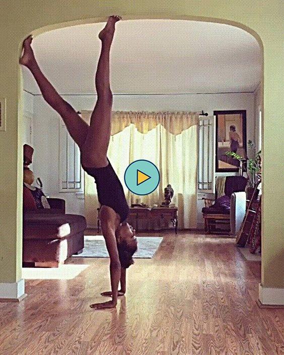 mulher fazendo ginastica