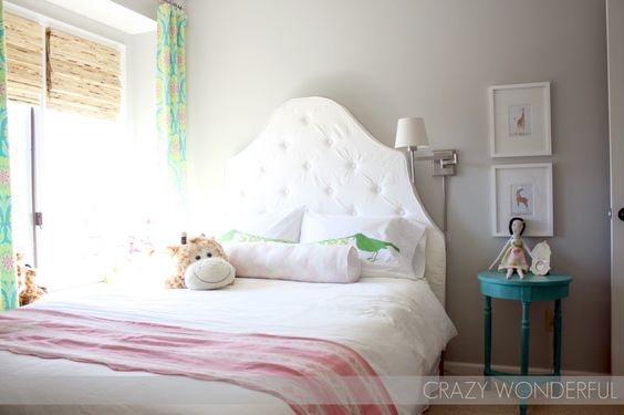DIY tufted headboard in this #biggirlroom
