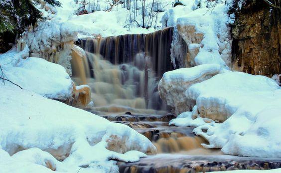 Winter falls by Mark Williams
