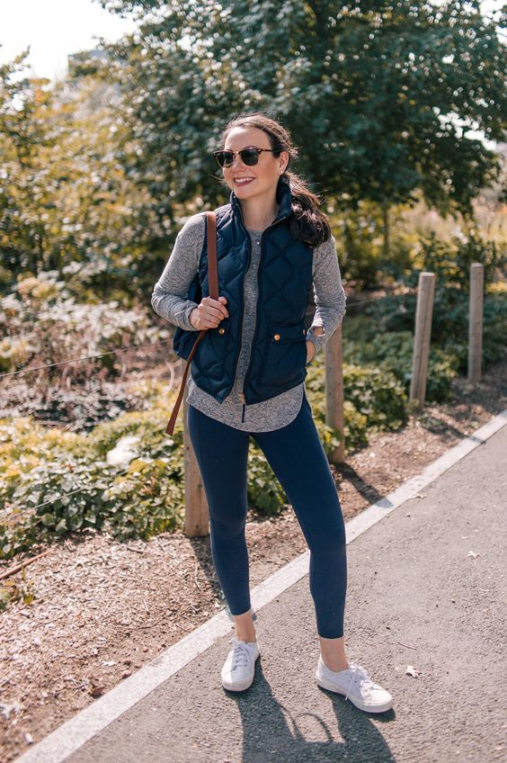 82a8b07182b02a71742f4976ce5389b2 - Fall 2018: what leggings to wear with dress this Autumn