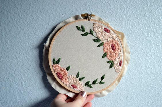 Aro de bordado personalizado cita - cita, personalizada Handstitched bordado, arte Floral, florales modernos, flores silvestres