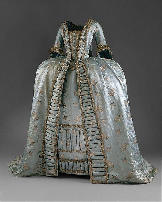 Dress (robe a la Francaise style) in blue silk (1765).