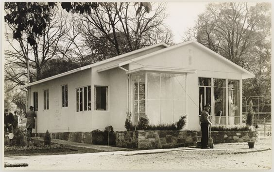 Beaufort Home prefabricated steel house - architect Arthur Baldwinson, 1946