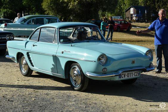 #Renault #Floride à #Marçon #Classic #MoteuràSouvenirs Reportage : http://newsdanciennes.com/2016/08/16/marcon-classic-2016-les-anciennes-ne-font-pas-le-pont/ #Voiture #Ancienne #ClassicCar