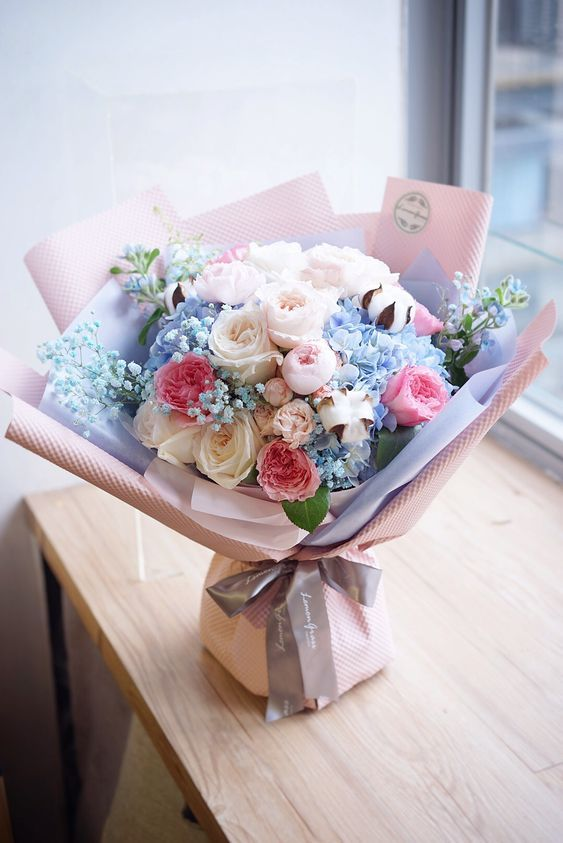 Flowers Roses Carnations Wedding Flowers Bouquets Wildflowers Christmas Decorations Mother S Day G Flowers Bouquet Flowers Bouquet Gift Beautiful Flowers