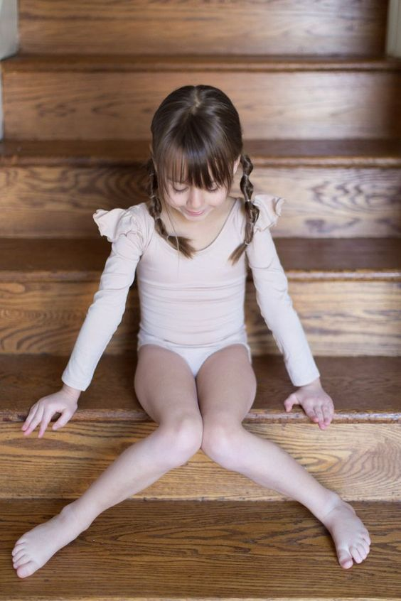 feather + light photography   child fashion blogger   leotard boutique   tiny dancer #ChildFashion