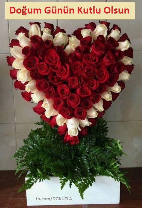 Gullerden Kalple Dogum Gunu Tebrik Karti Valentine Flower Arrangements Valentines Flowers Funeral Floral
