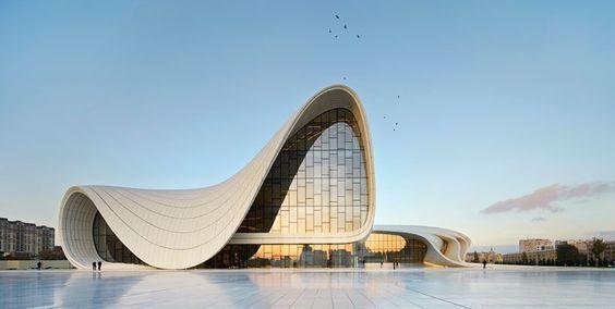 Museu Aliyev Heydar, no Azerbaijão, Zaha Hadid