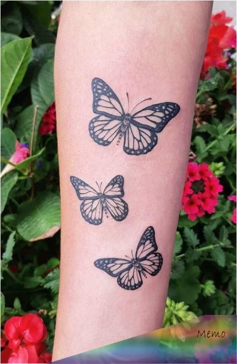 Muneca Tatuajes De Mariposas