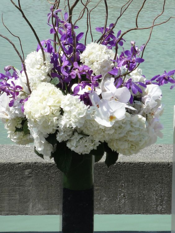 Purple Amp White Floral Wedding Centerpieces