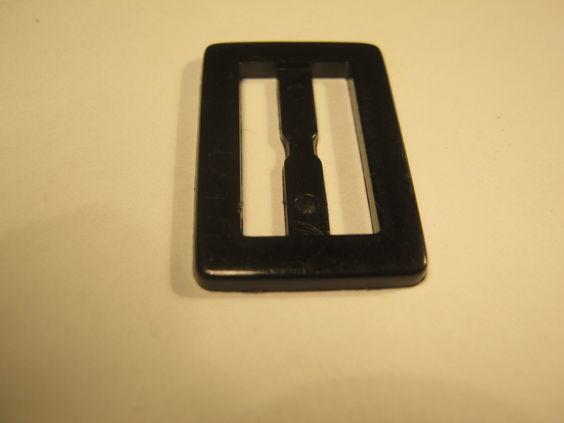 25 Stück kleine Gürtelschnallen ohne Dorn,Schwarz flach,Rechteck ca.28/18mm,Steg ca.20 mm,Neu,Lübecker Knopfmanufaktur von Knopfshop auf Etsy