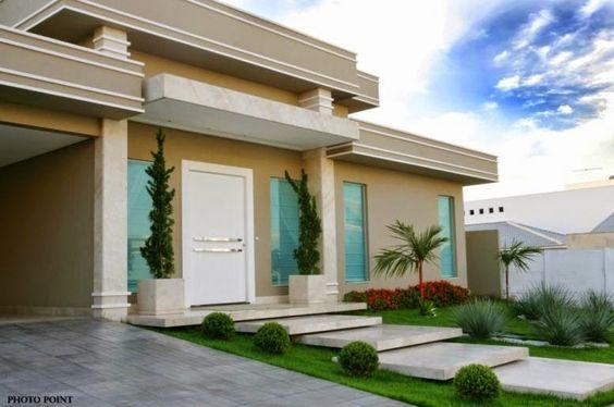 Fachadas de casas com escadas na frente veja entradas for Ideas para fachadas de casas modernas