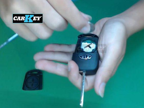 thay pin chìa khóa ô tô KIA