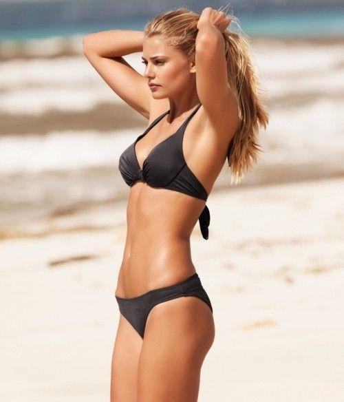 Teen In Bikini Sexy Body 101