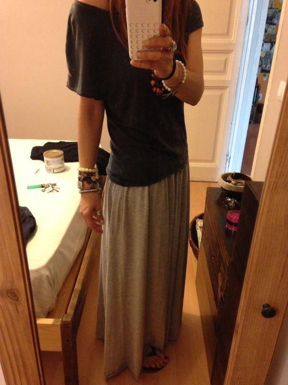 Falda comprada en outlet de Mango de rebajas 2€ camiseta de Zara regalo