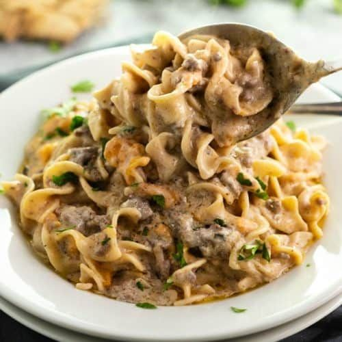 Ground Beef And Egg Noodles Smothered In An Easy Stroganoff Sauce This Freezer Meal Also Works In 2020 Easy Casserole Recipes Beef Recipes Easy Ground Beef Stroganoff