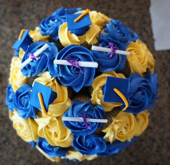 Graduation cupcake bouquet