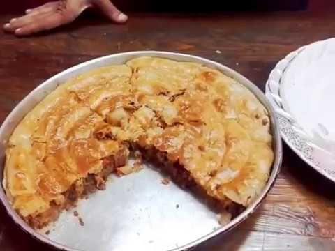 فطيرة شرقي بالسجق الاسكندراني مورقة بشكل حلزوني من مطبخ دلع كرشك Food Desserts Pie