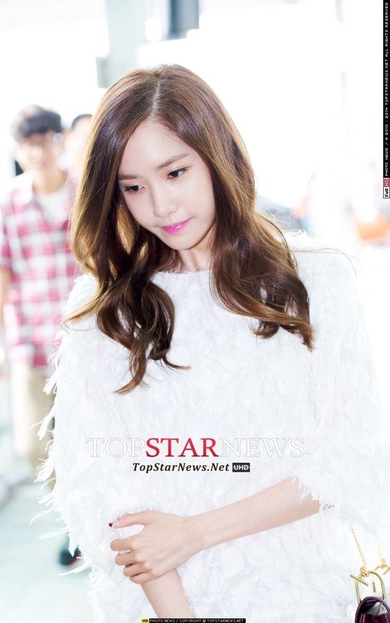 ユナ(イムユンア、Yoona) - [HDフォト]少女時代ユナ、「ピンクの唇 - ソフトヘアカール - 完璧な彼女」(空港ファッション) - HD Photo News - TopStarNews.Net