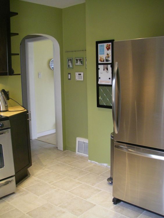 Paint Color Green Fig By Behr If I Ever Get To Live Where I Am Allowed To Paint The Walls