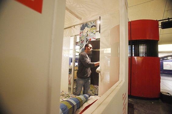 IKEA installe un appartement dans la station de métro Auber #design #paris #deco #IKEA