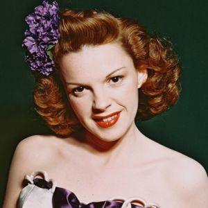 Judy Garland - Biography - Film Actress, Singer, Television ...