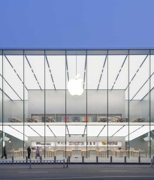 New Apple Union Square Store In San Francisco By Foster Partners The Strength Of Architecture From 1998 In 2020 Store Architecture Apple Store Apple Store Design