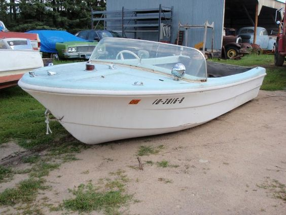 1962 Glassmagic Runabout 15 With Images Vintage Boats Classic