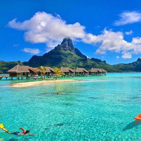 Hotels-live.com/cartes-virtuelles #MGWV #F4F #RT Tag people who would live in Bora Bora  Photography by @corrine_t by dreamlifepix https://www.instagram.com/p/BDdlZcin4Dv/