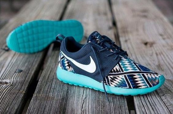Nike Free Shoes only $21.98 for this days,I would love a pair of riding nike shoes like this.
