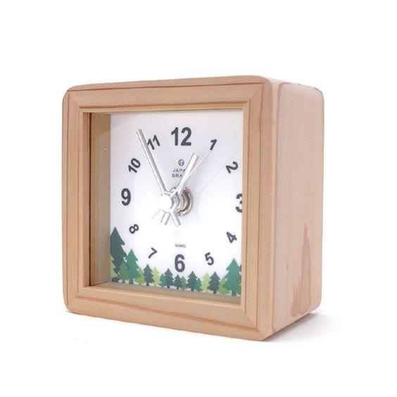 desk clock made from cedar thinning of Japan designed by Yuko Noguchi