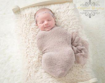 Creme Neugeborenen Stretch Knit Wrap Creme von PhotoPropsByMissLene