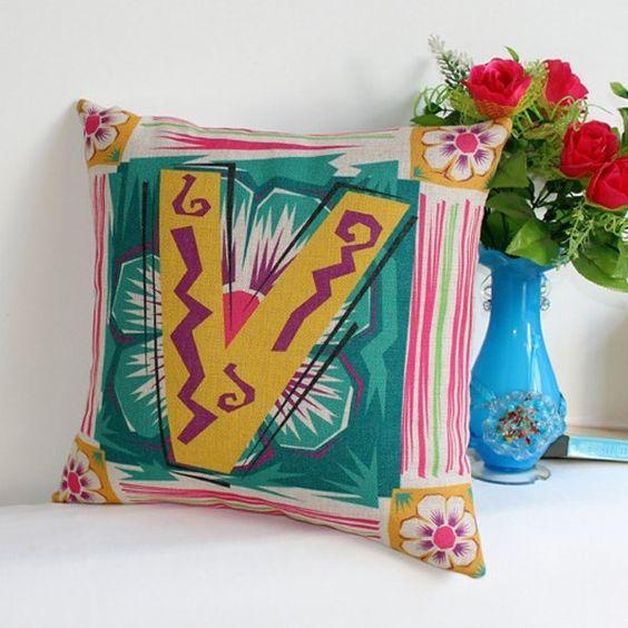9.31$  Buy now - http://diqxz.justgood.pw/go.php?t=189168001 - Stylish Flower Letter V Pattern Cotton Linen Pillow Case 9.31$